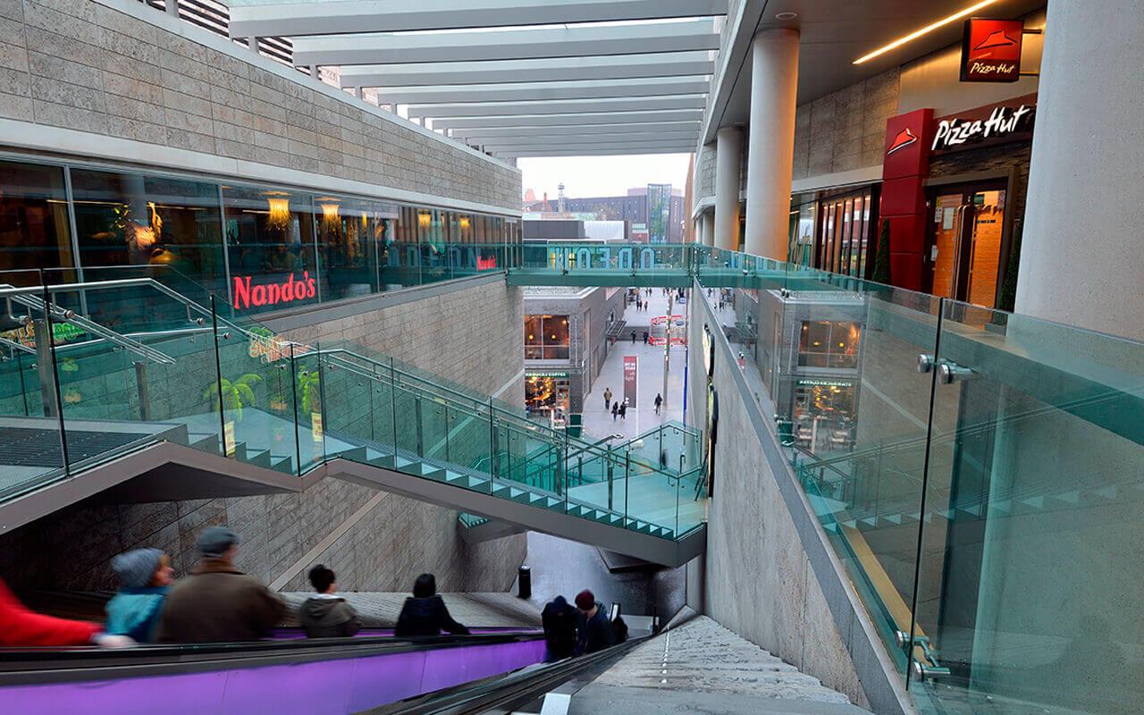 glass staircase balustrade